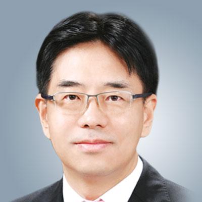 Tae-Woo Kim